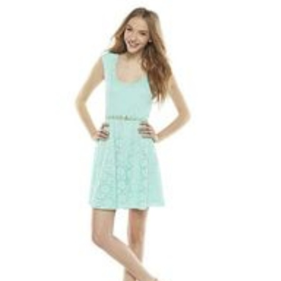 Candie's Dresses & Skirts - NWT Candie's Lace dress